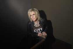 Lucinda unplugged